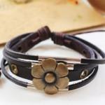 Armband bloem leer 1
