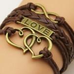 Bruin love met hartjes