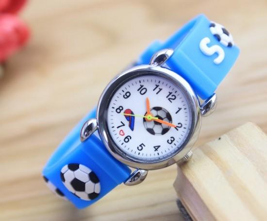 voetbal horloge lichtblauw fluitje